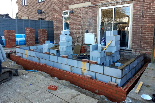 picture of house extension building in progress by ka brickwork bricklaying contractor