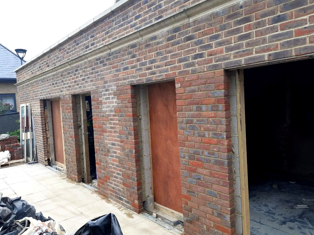 picture of garages bricklaying by ka brickwork contractor
