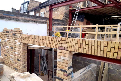 bricklaying-retail-shop-and-flats-conversion-in-clapham-featured